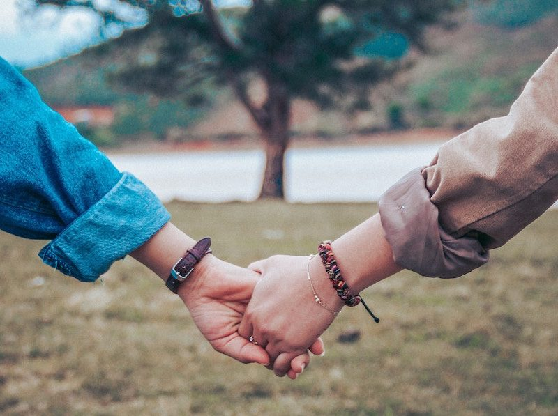 Relationships: When to hold on and when to let go